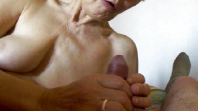 Рэп видео секс туб бабуля Коби киска