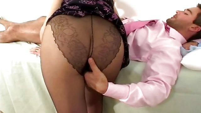 Мужчины несли друг друга порно, чтобы посетить джениффер Энистон секс видео